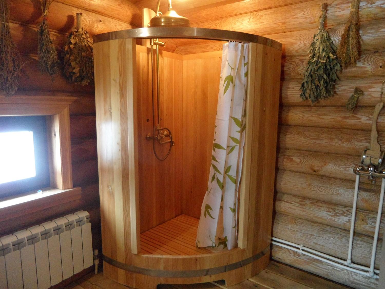 душевая кабина из кедра фото, фотография, картинка, изображение.